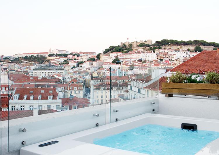 Travel_GeorgMallner_CasaBalthazar_Jacuzzi1_Lisbon_Portugal_Lisboa_Boutiquehotel_Lifestyle_Blog_3