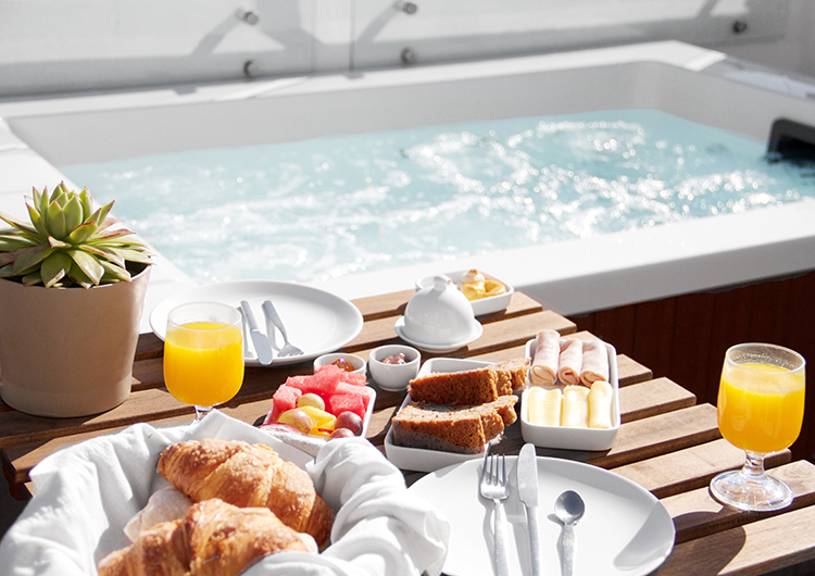 Travel_GeorgMallner_CasaBalthazar_Jacuzzi1_Lisbon_Portugal_Lisboa_Boutiquehotel_Lifestyle_Blog_4