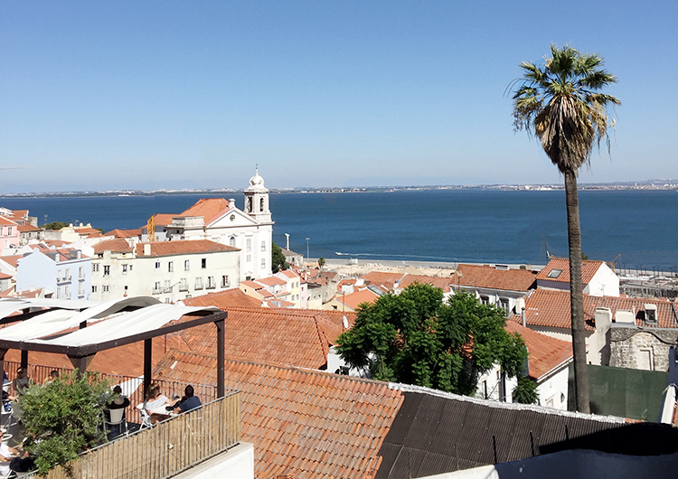 GeorgMallner_Travel_LisbonDiary_CasaBalthazar_Jaquzzi_Wedding_Perfectwedding_WeddingInspiration_BeachParty_27