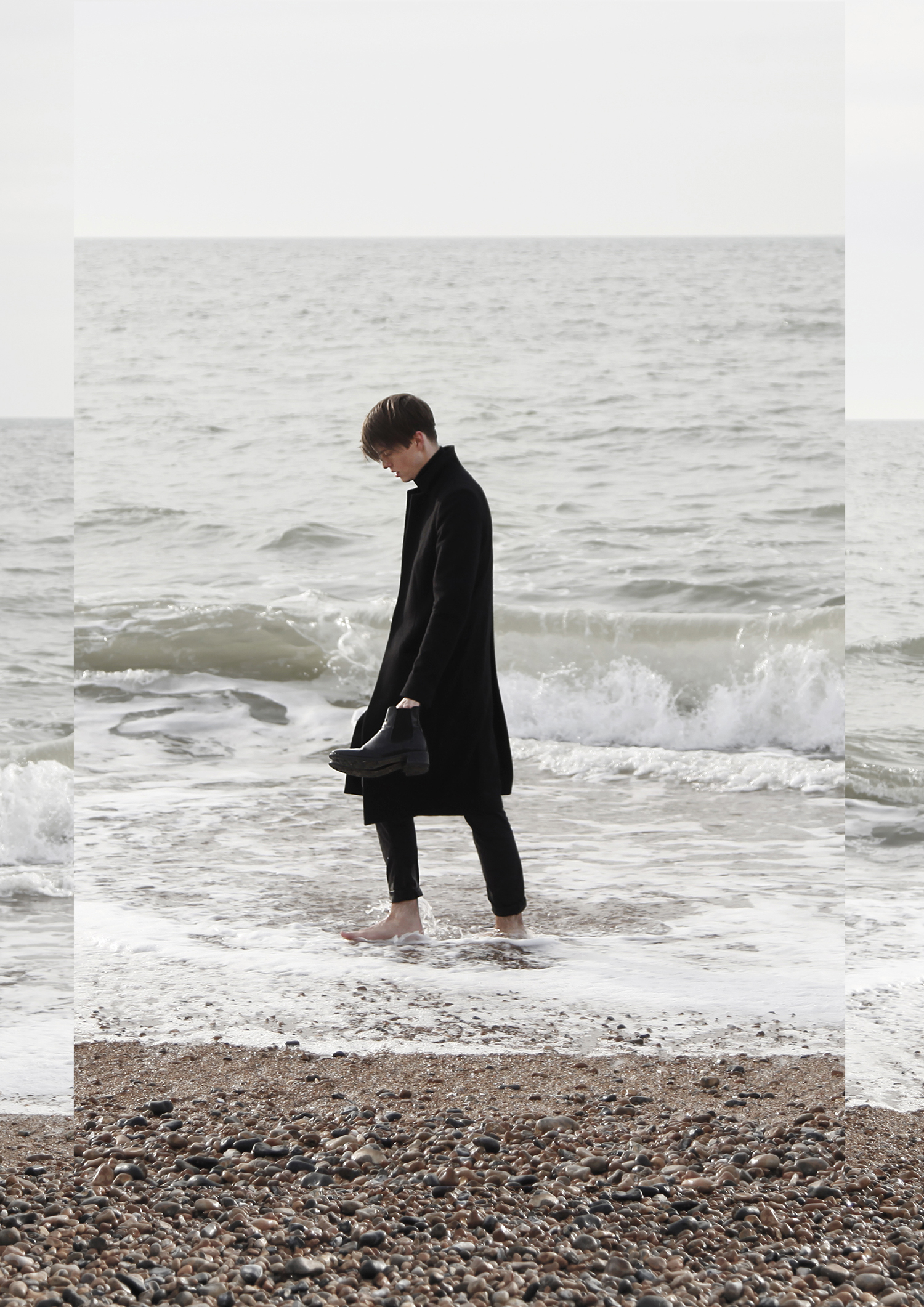 georgmallner_outfit_look_brightonpier_allsaints_coat_acne_scarf_tigerofsweeden_chelseaboots_cos_pants_2