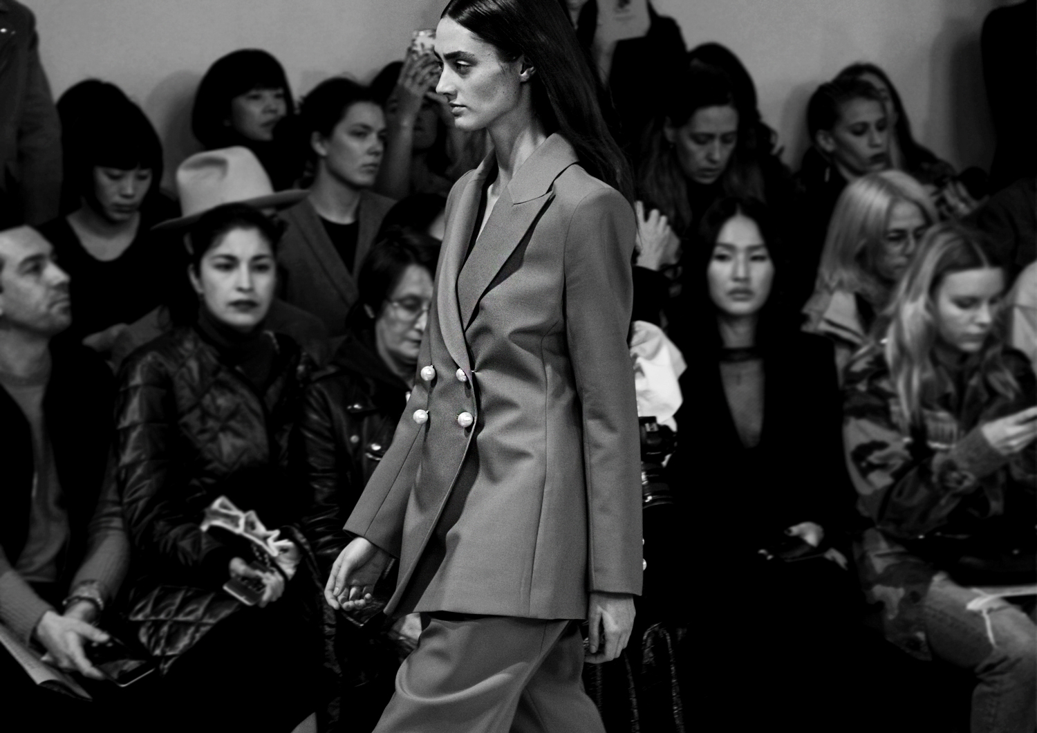 Fashion_Ellery_Paris_FashionWeek_PalaisDeTokyo_ReadyToWear_PretAPorter_Luxury_PFW_AutumnWinter_2017_Photography_GeorgMallner_